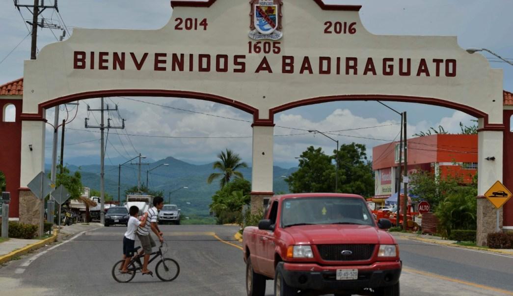 Enfrentamiento entre militares y delincuentes deja tres heridos en Badiraguato, Sinaloa