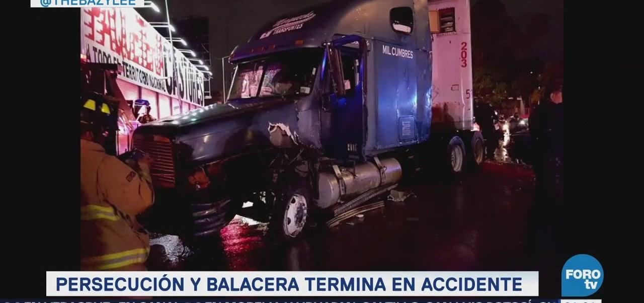 Balacera y persecución terminan en accidente en CDMX