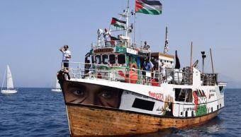 Israel intercepta barco que intentó romper bloqueo de Gaza