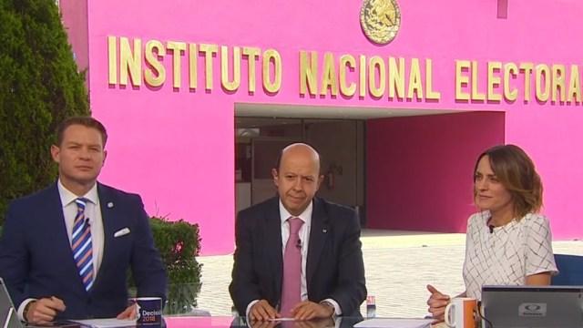 Temor a deportación reduce voto de mexicanos en EU: INE