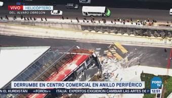 Derrumbe en Artz Pedregal afecta tránsito en lateral de Periférico CDMX