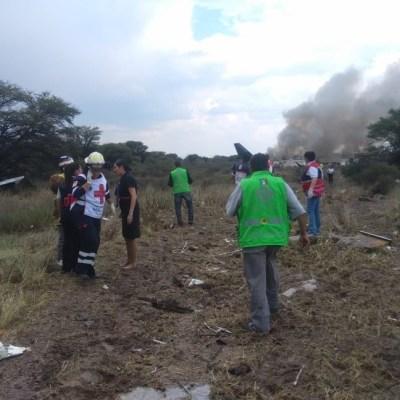 Rescatan a pasajeros de accidente aéreo en Durango