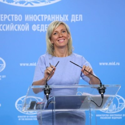 Rusia califica de 'encargo político' arresto de presunta agente rusa en EU