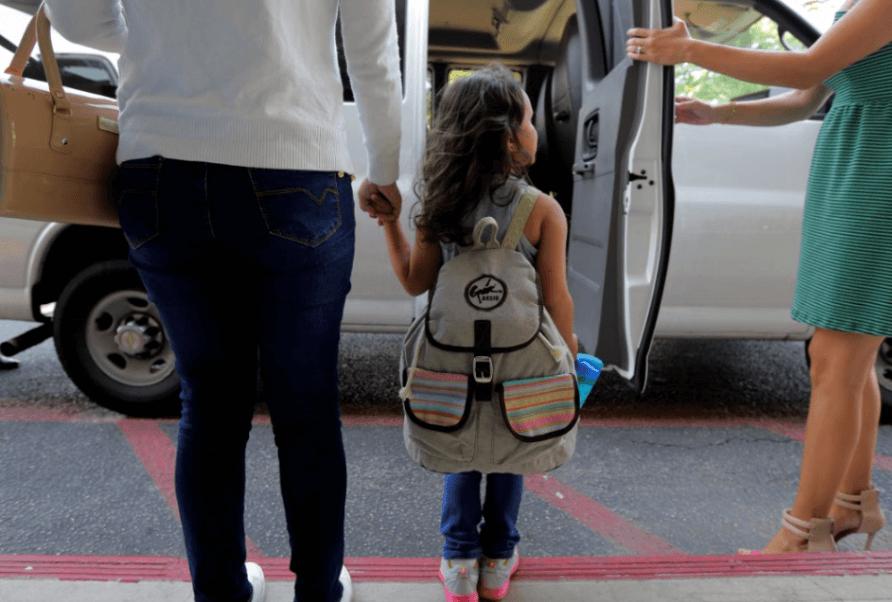 Estados Unidos debe reunir a familias migrantes este jueves