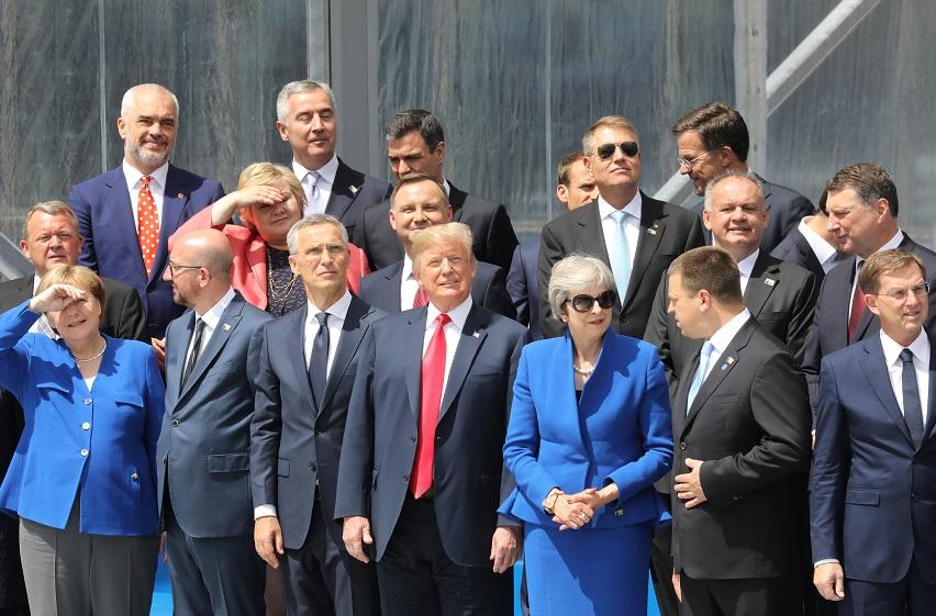 Trump: Países OTAN son morosos por no gastar en Defensa