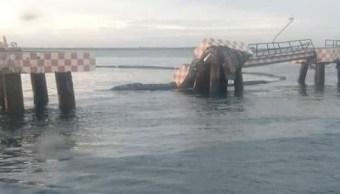 buque golpea tuberia y provoca derrame hidrocarburo salina cruz oaxaca