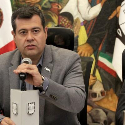 Amieva visita en el hospital a víctimas de accidente en la carretera Xochimilco-Topilejo
