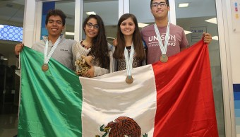 Jóvenes mexicanos obtienen medallas en Olimpiada de Química