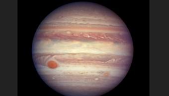 Astrónomos descubren 12 nuevas lunas alrededor de Júpiter