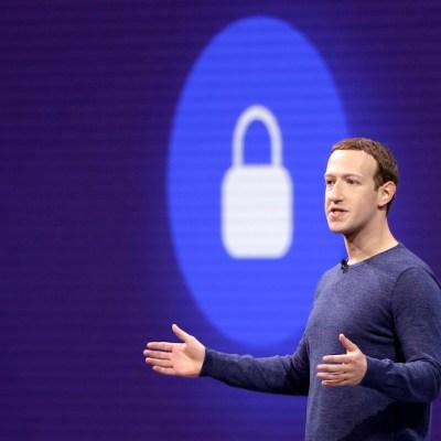 Inversionistas piden la cabeza de Mark Zuckerberg, tras caída histórica de acciones