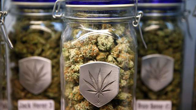Reino Unido Medicamentos derivados de marihuana serán legales
