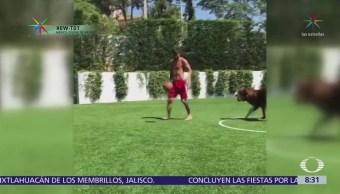 Messi juega futbol con su perro y se vuelve viral