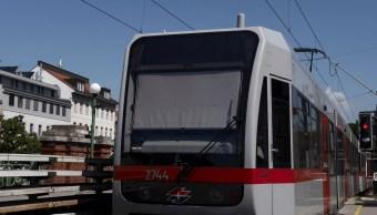 Metro De Viena Regala Desodorante Pasajeros, Metro De Viena Prohibe Comida, Metro De Viena, Austria, Viena, Desodorantes
