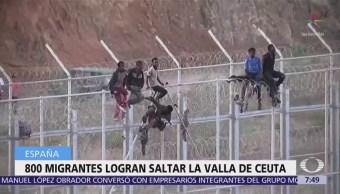 Migrantes africanos saltan valla de Marruecos