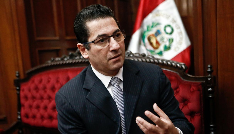 POLÍTICA: Salvador Heresi renuncia al ministerio de Justicia