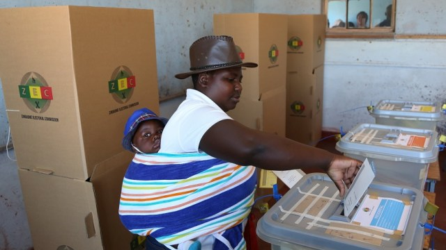 Zimbabue elige presidente primeras elecciones después Mugabe