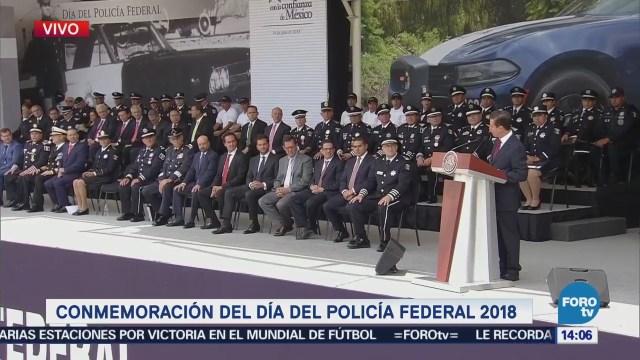 Peña Nieto reconoce trabajo policía federal