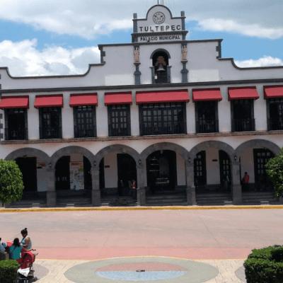 Aseguran taller clandestino de pirotecnia en Tultepec; hay un detenido