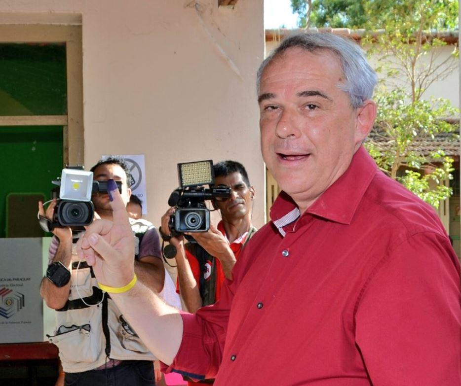 Buscan avioneta en la que viajaban funcionarios — Paraguay