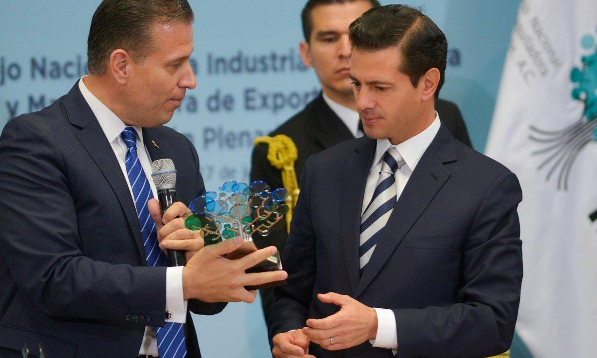 Peña Nieto destaca ZEEs, espera TLCAN en agosto