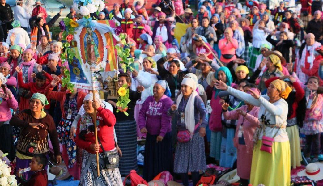 Peregrinos de Querétaro avanzan con dirección a la Basílica