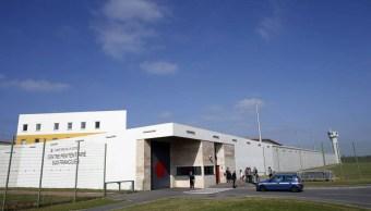 Delincuente francés usa helicóptero para fugarse de prisión