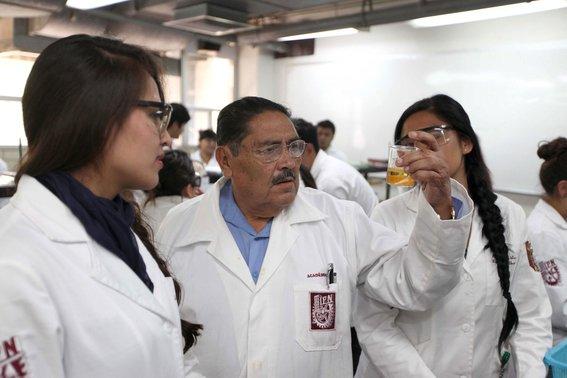 filiberto-vazquez-quimico-organico-ipn-quien-invento-tinta-indeleble-votar-ine