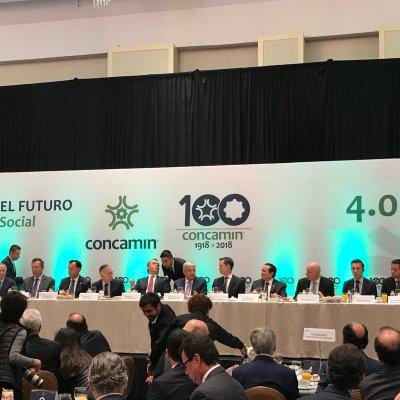 Se reúne López Obrador con titulares de Concamin y Concanaco