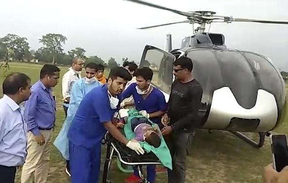 Mueren 48 personas al caer un autobús en barranco en India