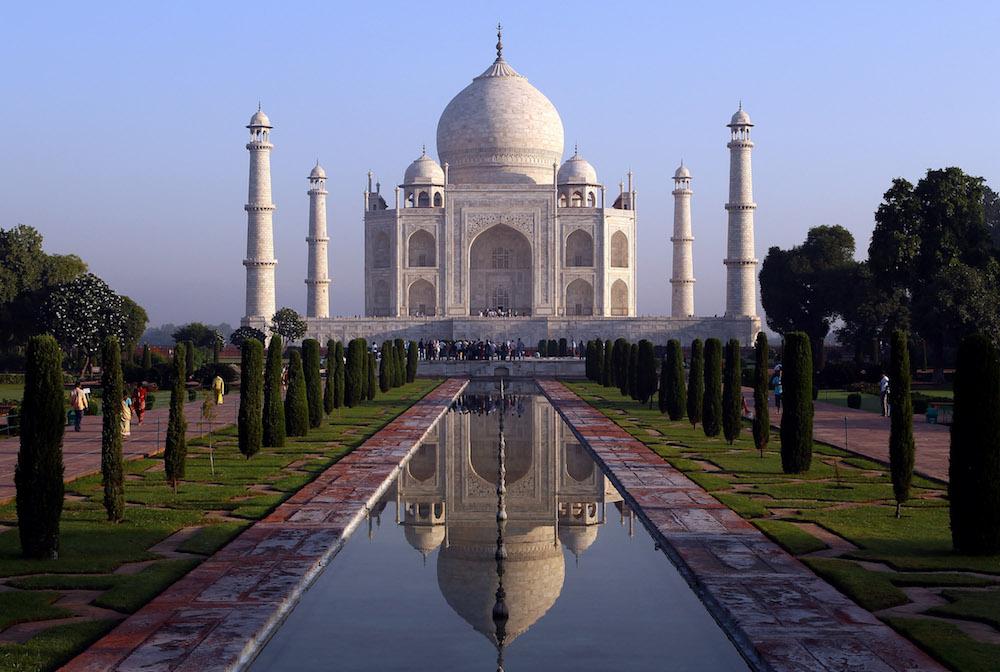 Corte amenaza con demoler el Taj Mahal por contaminación