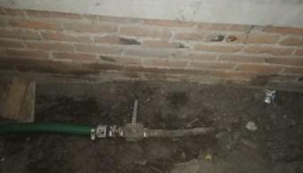 Pemex repara toma clandestina en panteón de Azcapotzalco