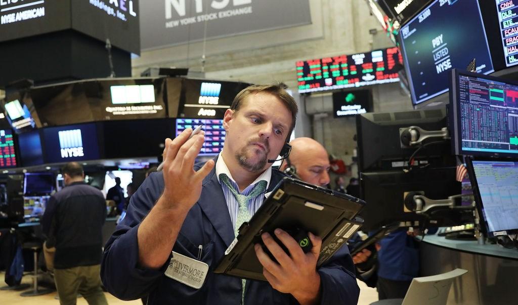 Wall Street cierra pérdidas y Dow Jones baja