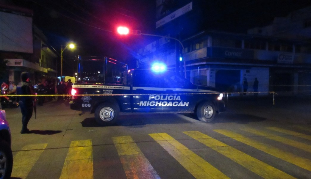 Hombres Armados Irrumpen En Funeral En Uruapan Michoacán