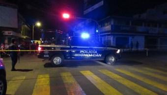 hombres armados atacan funeraria uruapan michoacan hay siete muertos