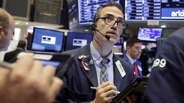 Wall Street cierra con ganancias tras acuerdo comercial