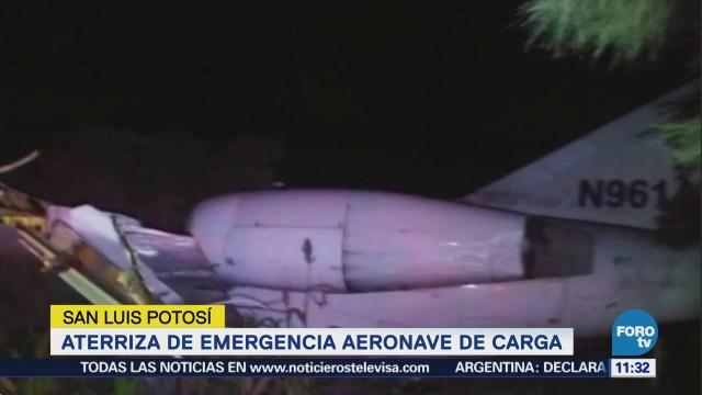 Aeronave aterriza de emergencia en SLP