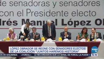 AMLO se reúne con senadores electos de 'Juntos Haremos Historia'