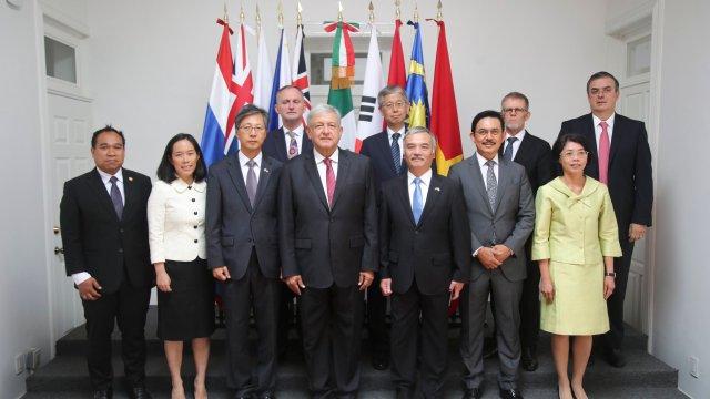 AMLO se compromete a fortalecer vínculos con Asia