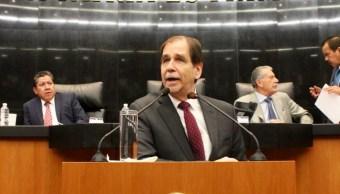Agustín Basave renuncia a militancia en PRD