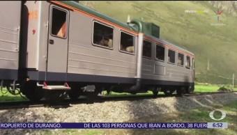 Bloqueo de vías provoca choque de trenes en Perú