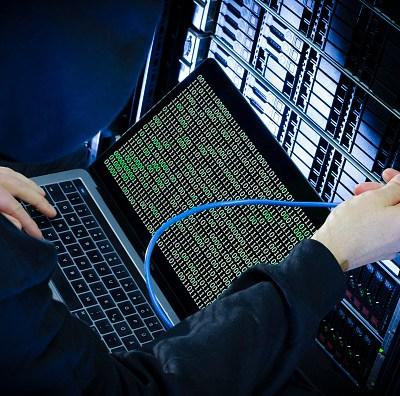 Demócratas aseguran que ciberataque a su base de datos fue simulacro