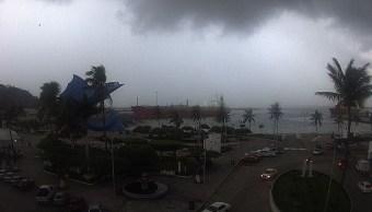 Cierran navegación a embarcaciones menores en Manzanillo