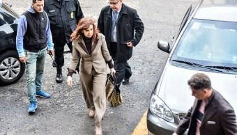 Cristina Fernández de Kirchner: Policía registra su casa
