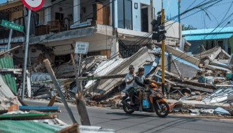 Sismo en Indonesia ha dejado 321 muertos, según autoridades