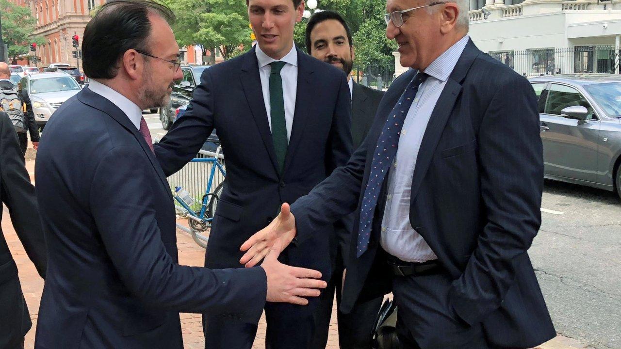 Continúa negociación del TLCAN en Washington, hoy viaja la delegación mexicana: SRE