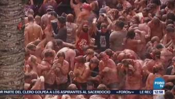 España: 20 mil personas participan en la 'tomatina'