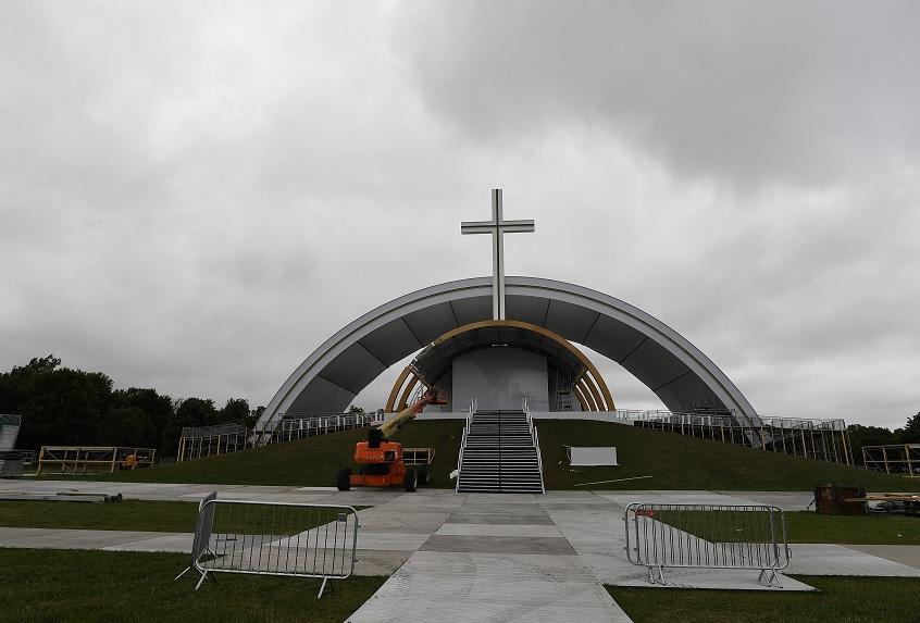 El Papa Francisco tendrá reunión en Irlanda con víctimas de abusos por parte de curas