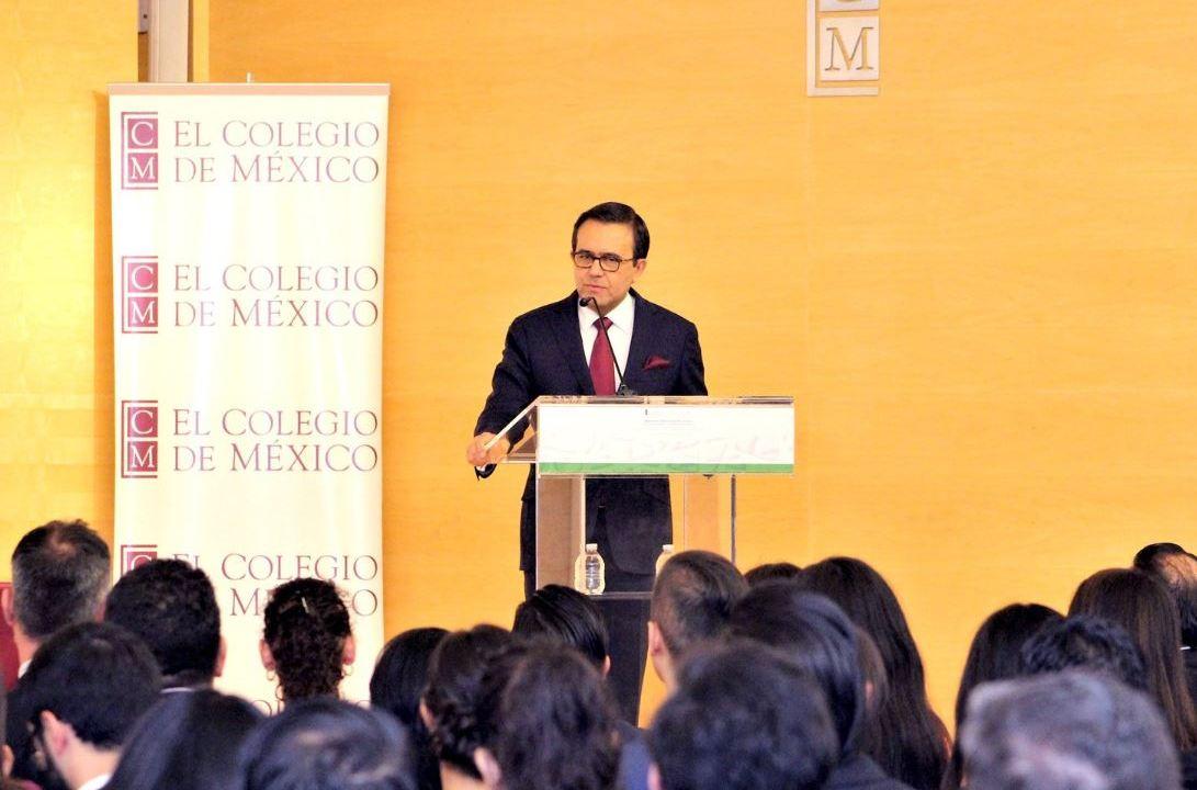México y EU revisan renegociación del TLCAN