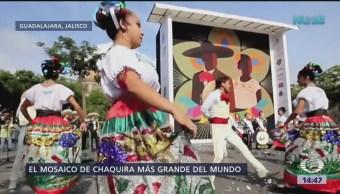 Guadalajara Rompe Récord Guinness Ciudad De Guadalajara, Jalisco Mosaico De Chaquira Más Grande Del Mundo Plaza Liberación