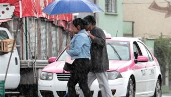Lluvias prevalecerán este domingo en la CDMX